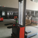 7SMITH-Electric-stacker-with-padel-1500kg-260cm-cheap
